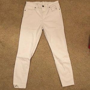 Lou & Grey Downright Skinny White Denim in Size 29
